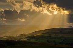 Sunburst (Peter Quinn1) Tags: stanageedge derbyshire sunburst sunlight cloudscape hopevalley riverderwent july peakdistrict darkpeak