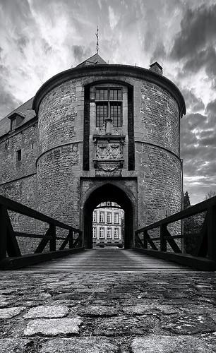 Entrée du Château-Fort de Feluy