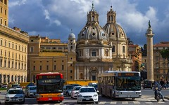 Piazza Venezia, Rome, 20130311