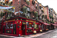 The Temple Bar (explored) #70 😃 (kellyhackney1) Tags: templebar ireland dublin citybreak bar pub street happynewyear thetemplebar