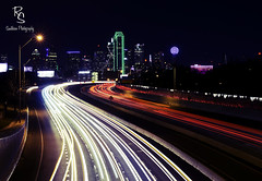 DOWNTOWN (smithsonphotograpy) Tags: dallas nightphotography longexposure dfw dallasskyline skyline freeway night lighttrails