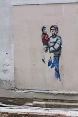 Combo_7852 place de l'Ecole Paris 01 (meuh1246) Tags: streetart paris combo placedelecole paris01 enfant
