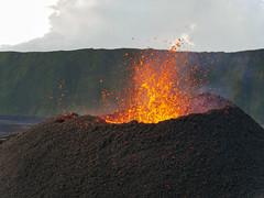 volcan02-5 (loïcabadie) Tags: eruption pitondelafournaise laréunion réunion volcan lave