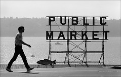 Pike Place Market (Don Conrard Photography) Tags: seattle blackandwhite pikeplacemarket streephotography donconrard