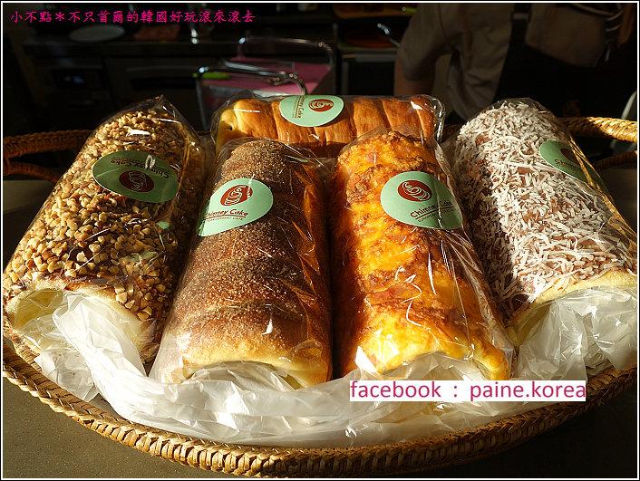 惠化chimney cake 煙囪麵包 (6).JPG