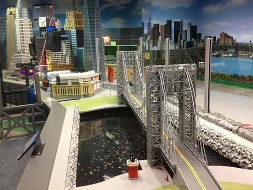 NYC LEGOLand - 3