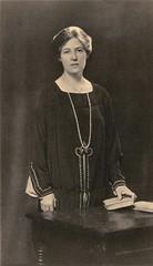 Clara Codd, c.1910.