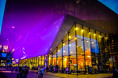 Stedelijk Museum Amsterdam Netherlands at Night (mbell1975) Tags: blue holland building netherlands colors dutch amsterdam museum night lights museumplein gallery colours museu purple fine arts muse musee museo nl muzeum noordholland finearts beaux beauxarts mze gallerie musum