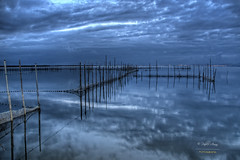 (293/15) Blue (Pablo Arias) Tags: blue espaa valencia azul photoshop spain agua cielo nubes hdr texturas anochecer comunidadvalenciana photomatix laalbufera pabloarias