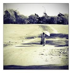 the long way home (kurtwolf303) Tags: person texture olympusem5 omd microfourthirds micro43 systemcamera mirrorlesscamera walk streetphotography strasenfotografie frau woman cuba kuba santaclara unlimitedphotos entsättigt topf25 250v10f 500v20f topf50 800views topf75 900views 1000v40f