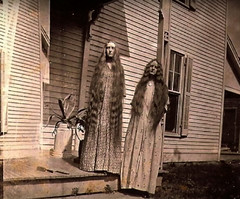 Let Down Your Hair (~ Lone Wadi ~) Tags: cabinetcard frontporch residence longhair weird strange odd peculiar retro 1910s unknown