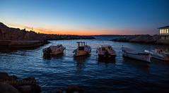soleil couchant à Marseille (louis.labbez) Tags: marseille paysage mer provence auffes vallon if phare soleil bateau port couchant nuit rocher sun eau sea harbour boat méditerranée labbez île france blue sky bleu ciel horizon