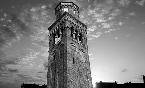 "Torres legendarias / Faros, minaretes, campanarios, rascacielos • <a style=""font-size:0.8em;"" href=""http://www.flickr.com/photos/30735181@N00/32493406236/"" target=""_blank"">View on Flickr</a>"