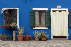 Venezia ... colors ... (Augusta Onida) Tags: venezia venice burano casa house colore blu porta finestra door window