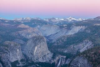 The sun is setting in Yosemite