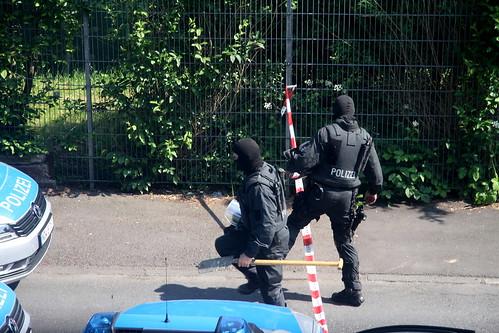 Spezialeinsatzkräfte-SEK-Einsatz-Siegen (10)