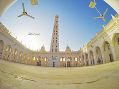 -  Mihdhar Mosque (Hussein.Alkhateeb) Tags: high long with mud minaret famous mosque tarim yemen      hadramout   mihdhar