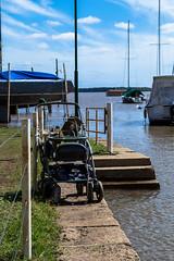 En el borde (martinnarrua) Tags: morning sun sol maana argentina ro river puerto harbor nikon day sunny coche entre ros amateur coln soleado nikond3100