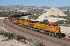BNSF 4137 Steins Hill, Cajon (Gridboy56) Tags: california railroad usa america train gm trains locomotive railways bnsf locomotives cajon emd tankcars 4137 5352 7171 railfreight