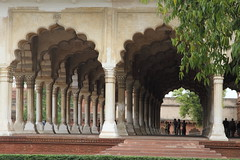 Le  Diwan-i-Am - Fort rouge d'Agra (Chemose) Tags: india building architecture agra bâtiment inde fortrouge diwaniam moghol