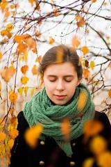 Karolina-20 (Andrzej Bartkowski Fotografia) Tags: autumn trees portrait woman herbst leafs