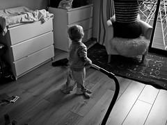 Le pro de l'aspiro (Dahrth) Tags: gf1 gf120 gf120mm lumixgf1 panasoniclumixgf1 20mmpancake boy littleboy kid blackandwhite noiretblanc nb aspirateur vaccumcleaner numatic numatichenry pyjama pajamas