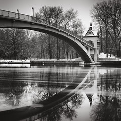 Abbey bridge | Berlin, Germany 2017 (philippdase) Tags: berlin treptowerpark trees water winter blackandwhite longexposure formatthitech fineart philippdase abbeybridge city cityscape