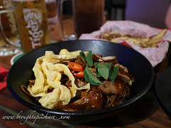 IMG_1367 (Chris & Christine (broughtup2share.com)) Tags: ticklish pork garden midvalley pj petalingjaya noodles rice