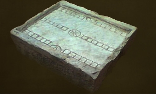 "Umbrales- Lejanos inicios en el paleolítico y versiones subsecuentes • <a style=""font-size:0.8em;"" href=""http://www.flickr.com/photos/30735181@N00/32399578441/"" target=""_blank"">View on Flickr</a>"