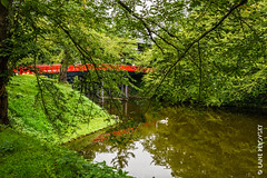 Red bridge in Hirosaki pt. 3 (lpvisuals.com) Tags: 2016 a7ii temple castle fe hirosaki japan nippon palace sony water reflection royal
