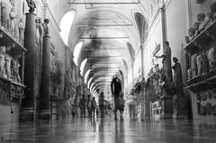 Ciudad del Vaticano (Zamana Underground) Tags: bw italy italia pentax museo ciudaddelvaticano k5iis