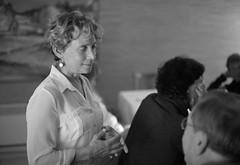 Laurie and Carl (peter.a.klein (Boulanger-Croissant)) Tags: blackandwhite bw woman white man black blanco hands noir noiretblanc negro conversation discussion weiss blanc schwarz