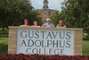 IMG_0244.jpg (Gustavus Adolphus College) Tags: old family sign student day main move oldmain movein firstyear moveinday 201204 20150904
