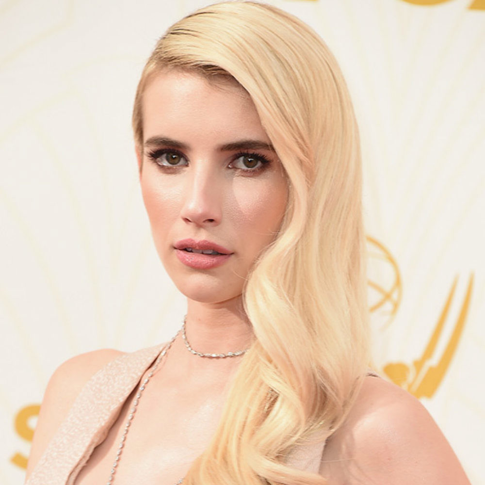 Maquillajes Emmys emma-roberts