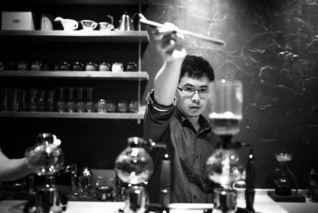 台中 西區–專注做好每一杯–Yosano与謝野直火烘焙咖啡工作室
