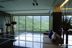 Jin_b02027 (Chen Liang Dao 陳良道 hyperphoto華藝影像網) Tags: 台灣 台灣影像 圖庫 數位攝影 室內設計 室內裝潢 燈光 大廳 建築 空間設計 陽光 擺設 擺飾 傢俱 沙發 落地窗 玻璃 玻璃窗 植物 綠樹 陳良道