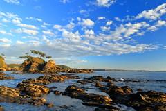Cloud and rock at Arasaki coast (appi U) Tags: sunset cloud rock japan   kanagawa