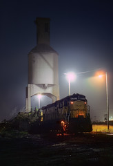Ghost in the night (Moffat Road) Tags: chicagonorthwestern cnw alco c628 coalingtower coaltower escanaba michigan fog night locomotive railroad train mi lights 6717