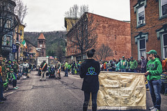 Approaching The End (of the Parade), 2016.03.13 (Aaron Glenn Campbell) Tags: mauchchunk jimthorpe lehighgorge carboncounty pennsylvania stpatrick'sdayparade kerrydancers irishstepdancing railstation spring celebration festive excitement outdoors americana victorian charm ambience sony a6000 ilce6000 sigma 19mmf28exdn primelens emount