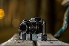 Leica R4 & Leitz Wetzlar Macro-Elmarit-R 2.8/60 (::Lens a Lot::) Tags: 1981 leica r4 1987 leitz wetzlar macroelmaritr 60 mm f 28 camera lens canada elmaritr 135mm f28 1974 | 8 blades iris r paris 2017 bokeh depth field german classic manual fixed length prime west germany color