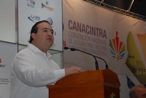 El gobernador Javier Duarte asistió a la Inauguración de la Convención Nacional de la CANACINTRA.