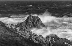 O AGUILLÓN (lourdestorreira) Tags: mar temporal galicia rocas marítimo costa oleaje furia naturaleza océano golpedemar paisaje
