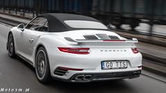 Porsche Cayenne Diesel vs Porsche 911 Turbo S 991_2-1340419