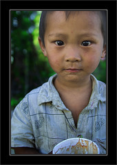 Innocence -- Kid of a Off-Farm Worker -1 (cavenli2008) Tags: china street portrait face d50 kid child beijing nikond50 tamron2875mmf28 tamrona09 angkorset
