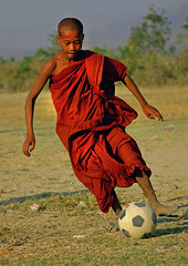 Nice jersey!-Myanmar (kinginexile) Tags: life portraits children asia burma buddhism monks myanmar inlelake mirrorsofsociety novice itsonginvite itsongmirrorssoutheastasia novices angkorsingle abigfave top20soccer