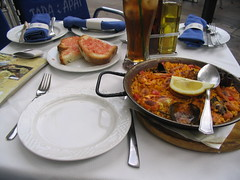 Paella at Tapa i apat, Barcelona (mpolla) Tags: barcelona travel food spain paella