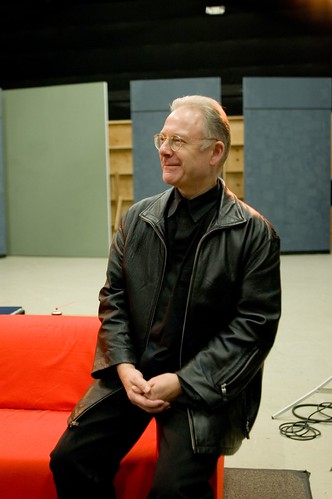 Robert Fripp Releases 'Non-Loop Idea' Tracks from 1979 as Free Download