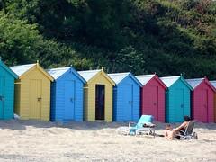 busy (papalamour) Tags: beach busy beachhut llanbedrog gwynedd brysur paulsandham ps24022009pf