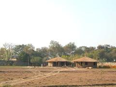 huts 4