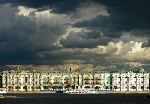 Peter the Greats Winter Palace. Photo by Edwin Land.